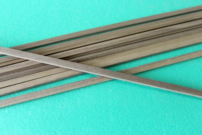 Sierra ModellSport - Bagheta dreptunghiulara nuc 3 x 6 x 1000 mm