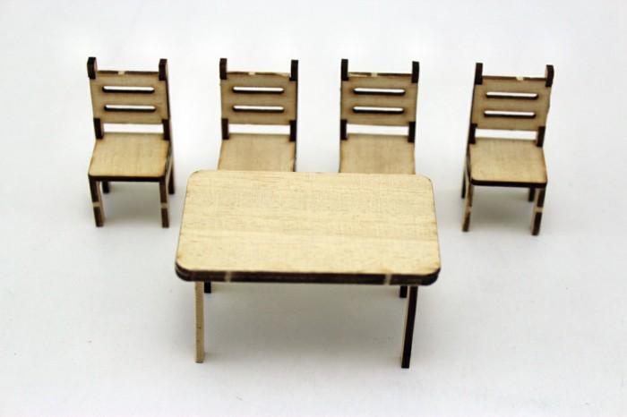 Sierra ModellSport - Masa cu 4 scaune obechi scara 1:20 KIT