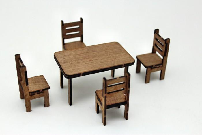 Sierra ModellSport - Masa cu 4 scaune mahon scara 1:20 KIT