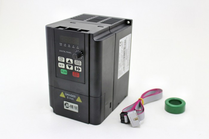 Sierra ModellSport - Frequency inverter for CNC Spindle Motor 2200W